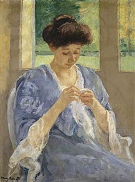 Augusta Sewing Before a Window, c.1905/10 von Cassatt | Gemälde-Reproduktion